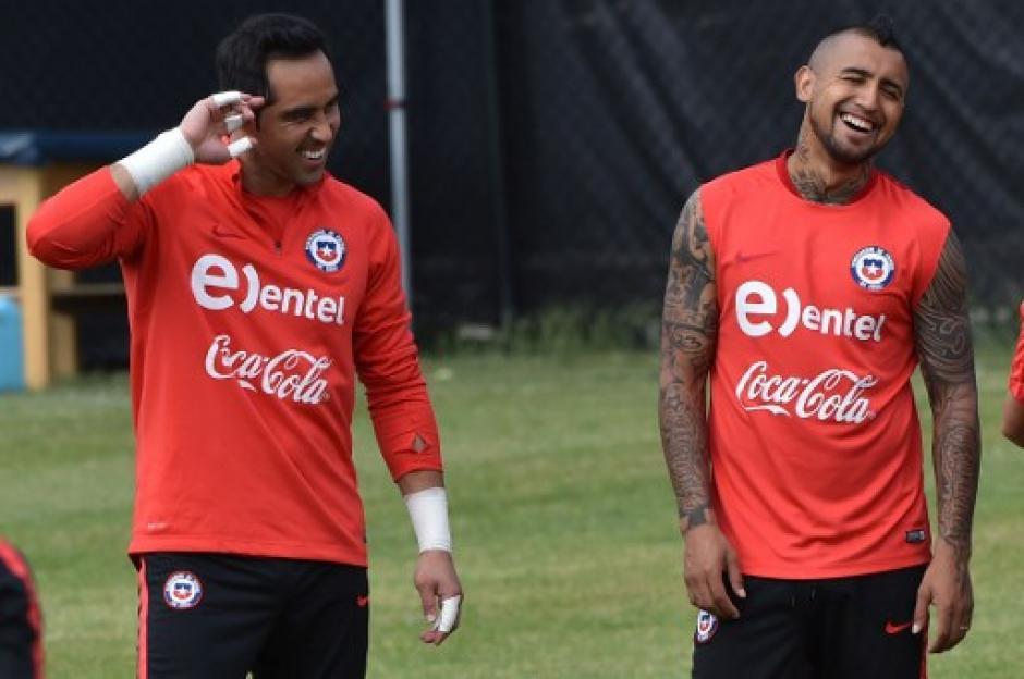 Los chilenos siguen disfrutando de la goleada que le propinaron a México