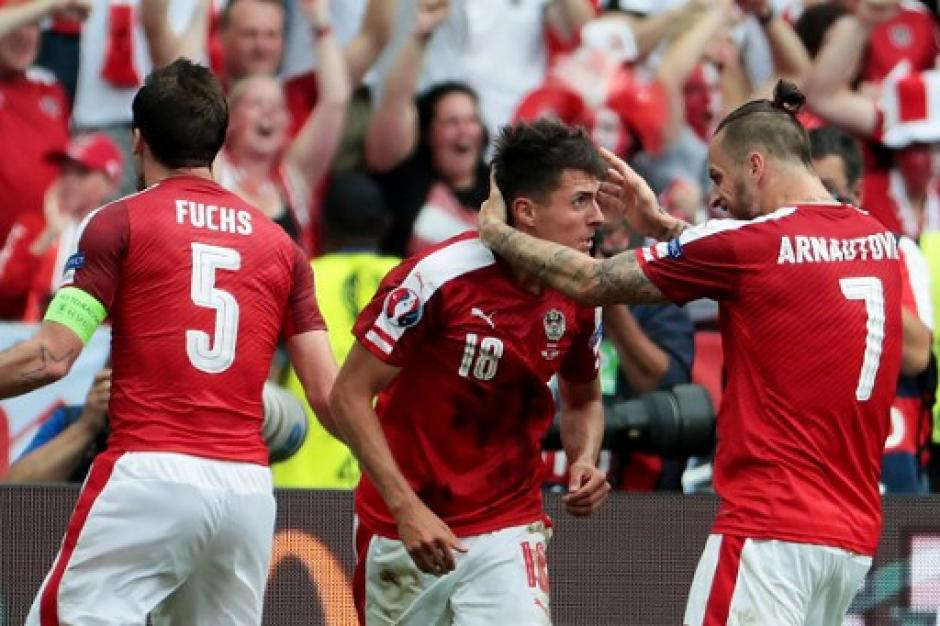 Los austriacos se pusieron arriba en el marcador al inicio. (Foto: AFP)