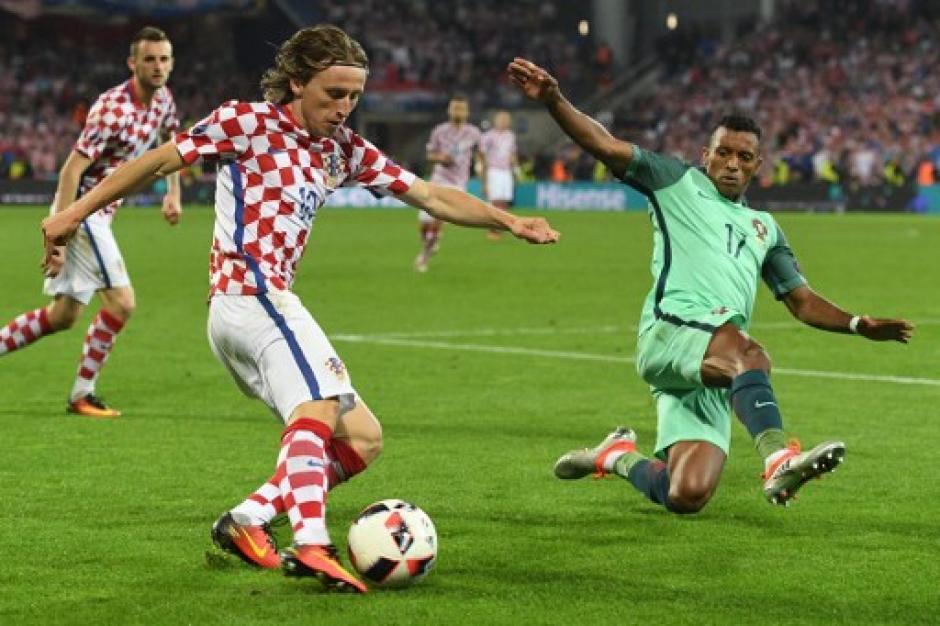 Luka Modric condujo los hilos del medio campo croata. (Foto: AFP)