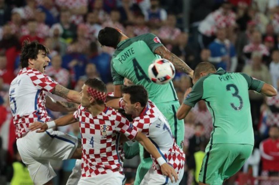 El partido entre lusos y croatas se definió hasta en tiempo extra. (Foto: AFP)