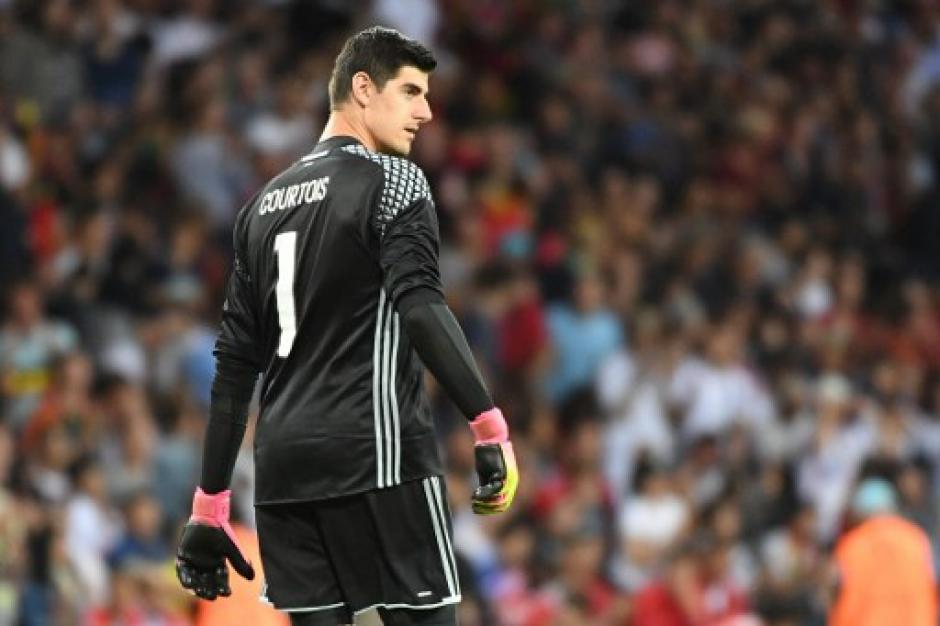 Thibaut Courtois apareció cuando Hungría buscaba el empate (AFP)