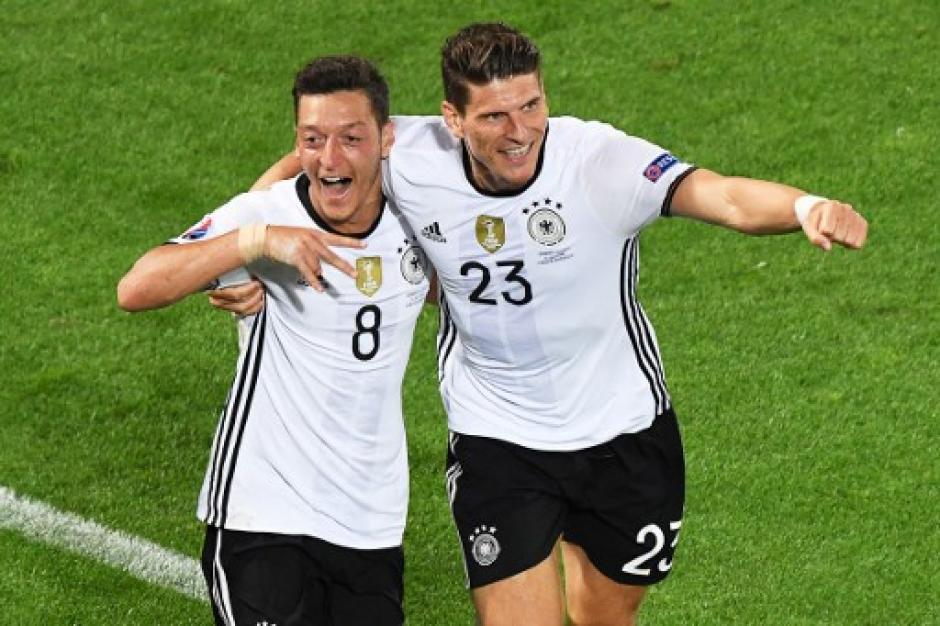 Durante los 90 minutos Mesut Ozil anotó el gol de Alemania. (Foto: AFP)