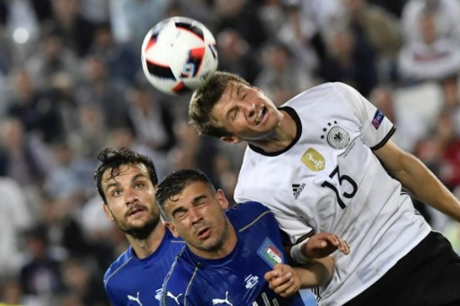 Partido parejo, Alemania sigue sin ganarle en tiempo regular a Italia en toda la historia, en juegos oficiales. (Foto: AFP)