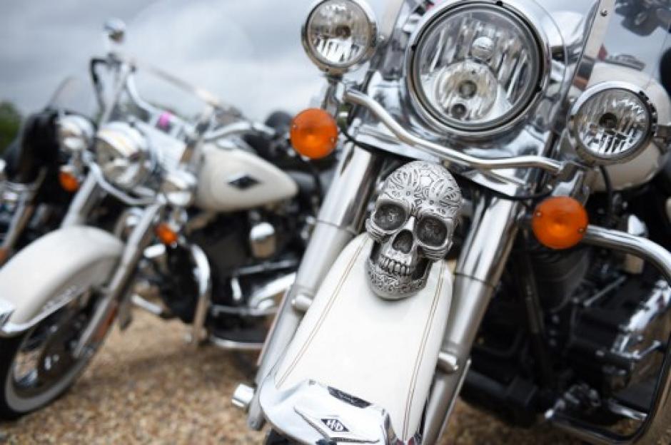 Las decoraciones y detalles con calaveras son parte de la cultura de los motociclistas. (Foto: Guillaume Souvant/AFP)
