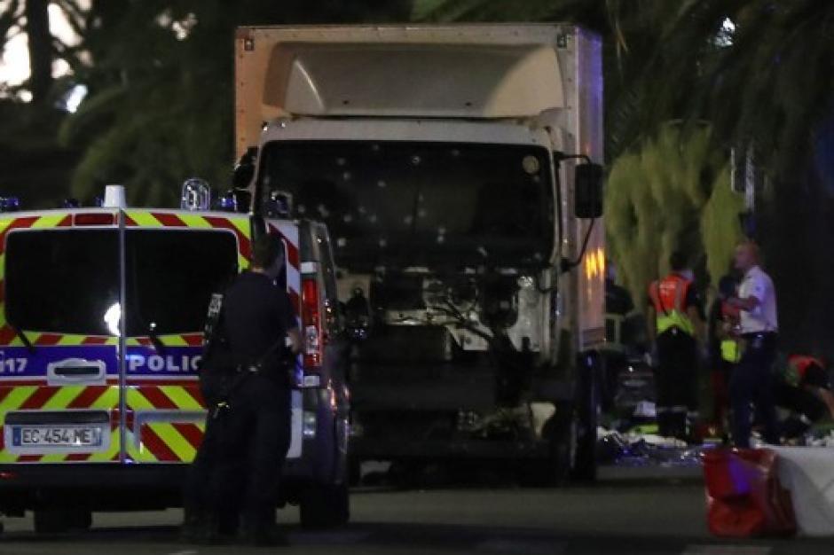 La policía abatió al conductor del camión. (Foto: AFP)