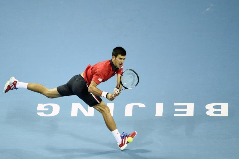 Djokovic derrotó a Nadal en la final del Abierto de China y sumó su victoria número 23 ante el tenista español