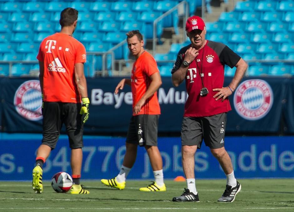 Carlo Ancelotti y su Bayern jugarán ante el Madrid. (AFP)