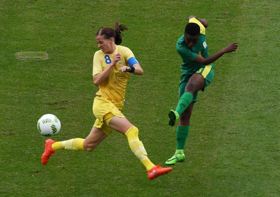Al parecer, el error o la distracción de la deportista fue más comentada que el resultado del juego. (Foto: AFP)