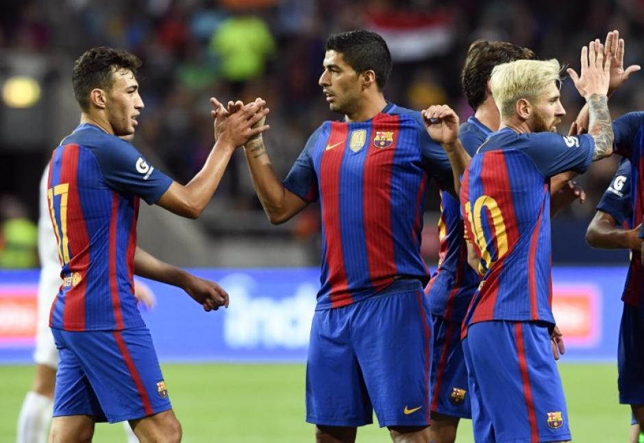 El club azulgrana jugará la Supercopa de España el domingo. (AFP)