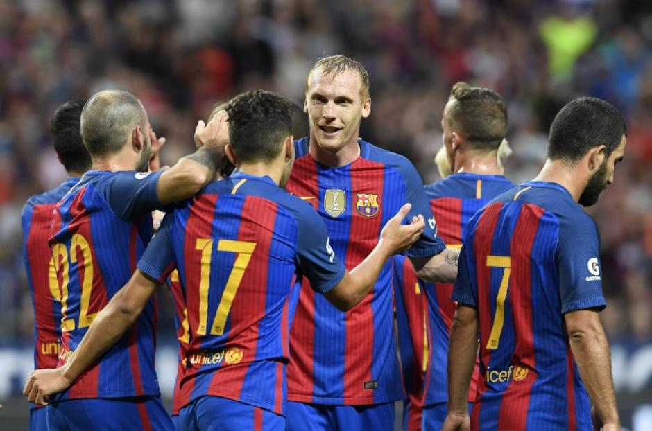 Los goles fueron de Munir, Suárez y Mujica. (AFP)