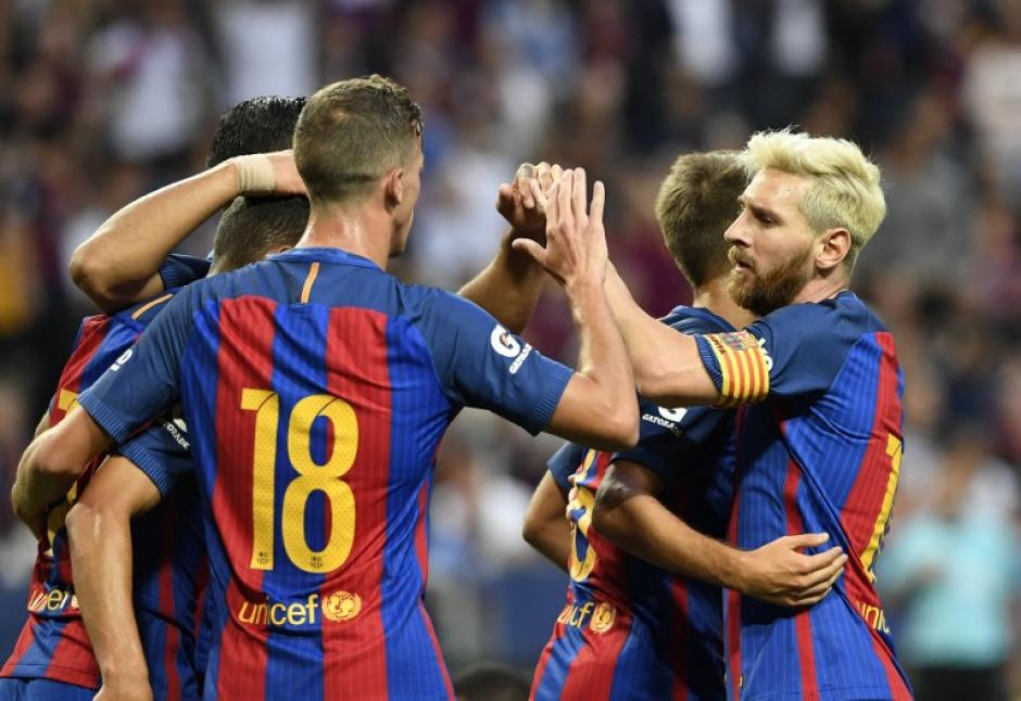 El Barcelona venció 4-2 al Leicester City. (AFP)