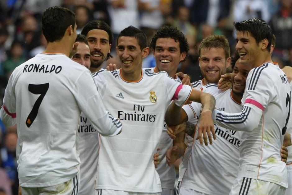 El Real Madrid derrotó al Málaga por 2-0 con goles de Cristiano Ronaldo y Di María en la primera vuelta de la Liga