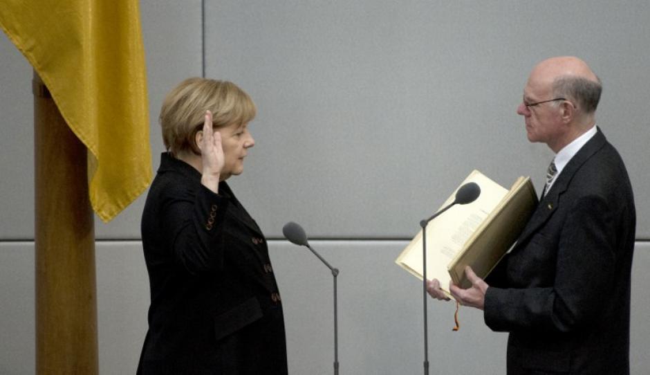 """Angela Merkel dirigirá un gobierno """"de gran coalición"""" integrado por los demócratas cristianos de la CDU, los socialcristianos de la CSU y los socialdemócratas del SPD."""