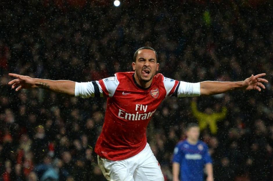 Theo Walcott puso el definitivo 2-0 con el que el Arsenal derrotó al Cardiff City