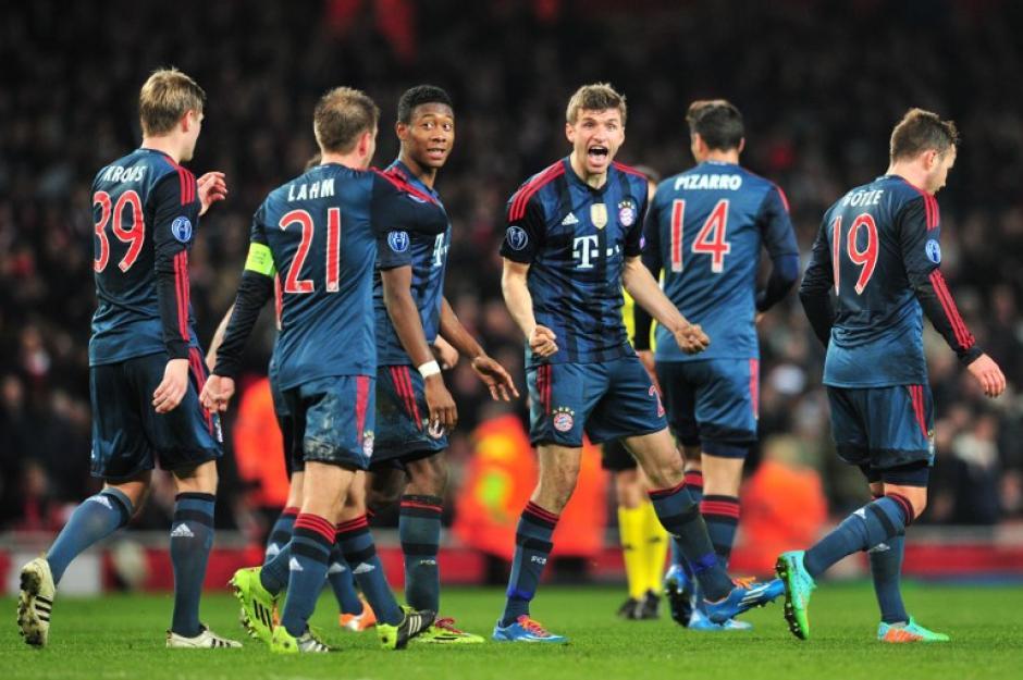 Müller le puso la tapa al pomo que le dio el 2-0 definitivo al Bayern Munich sobre el Arsenal en Londres. (Foto: AFP)