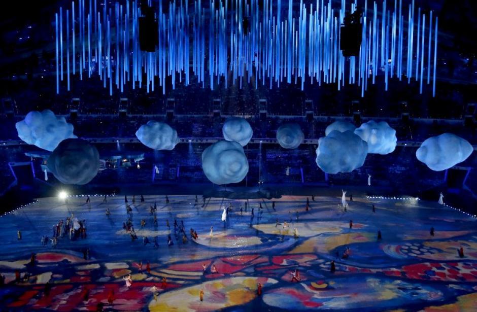 La espectacularidad fue parte de la ceremonia de clausura de los juegos de Sochi. (Foto: AFP /Adrian Dennis)
