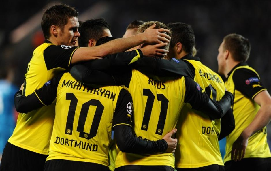 Los alemanes del Borussia Dortmund derrotaron al Zenit por 4-2 con goles deMkhitaryan, Reus y un doblete de Lewandowski. (Foto: AFP)