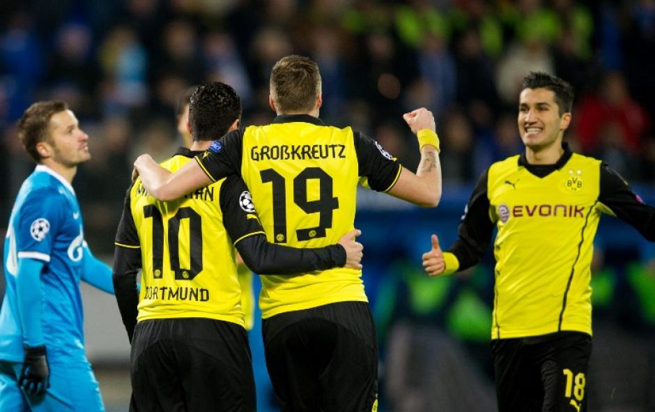 Los jugadores del equipo alemán celebran tras abrir el marcador en Rusia. (Foto: AFP)