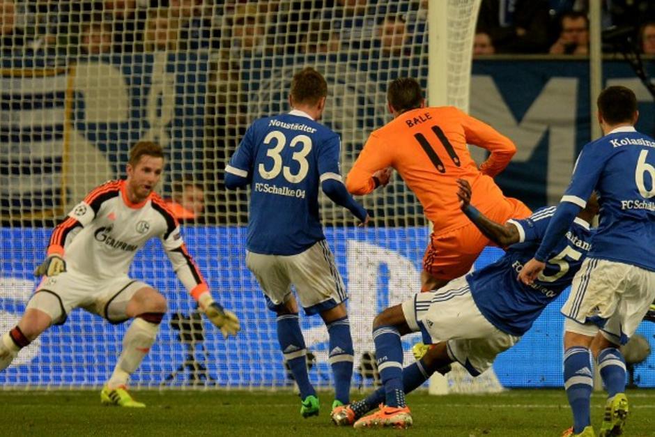 El Real Madrid derrotó 1-6 al Schalke de visita en terreno alemán durante el juego de ida, con dobletes de Cristiano Ronaldo, Benzema y Bale