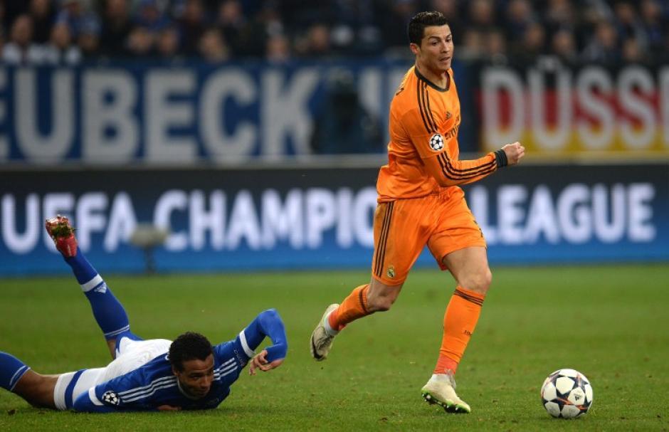 Cristiano Ronaldo anotó un doblete que lo pone tercero en la tabla de goleadores históricos de la Champions con 61 anotaciones. (Foto: AFP)