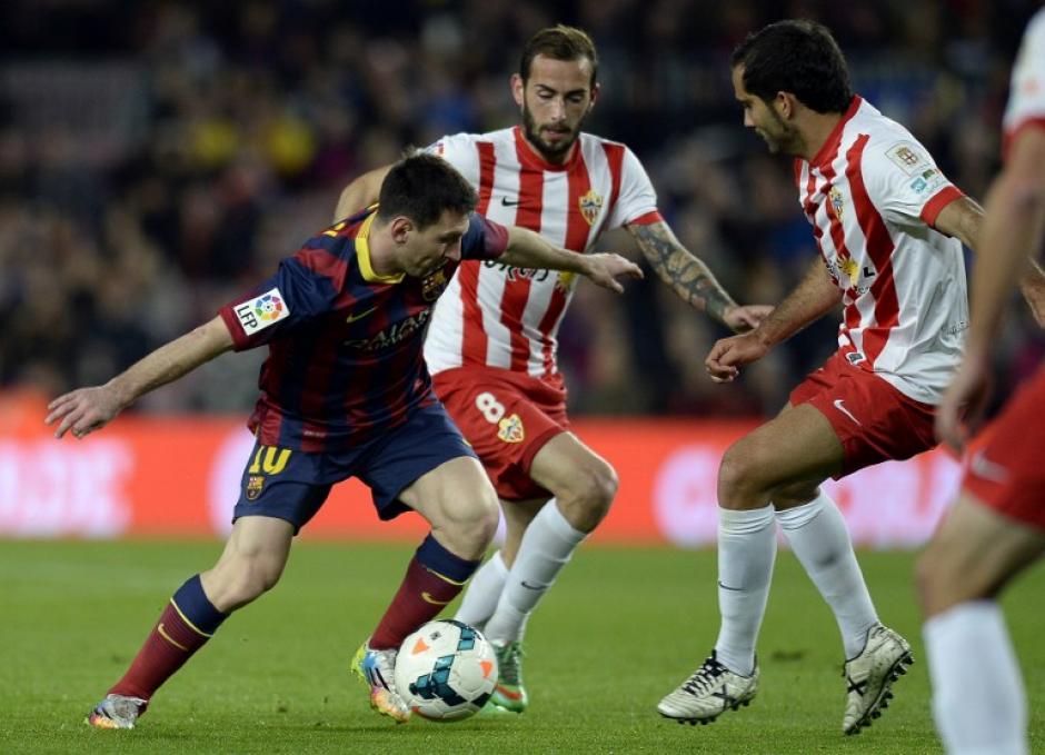 Trujillo anotó el tercer gol del partido para su equipo Almería en el minuto 27 del partido. (Foto: AFP)