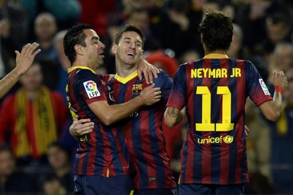 Messi celebra que anotó el segundo gol del juego en el minuto 24. (Foto: AFP)