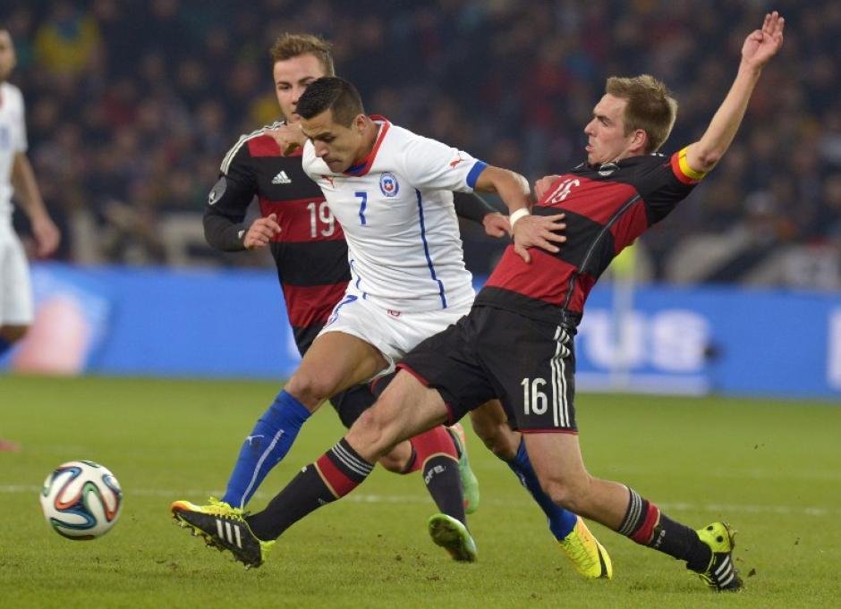 Alexis Sánchez no pudo con la defensa germana. (Foto: AFP)