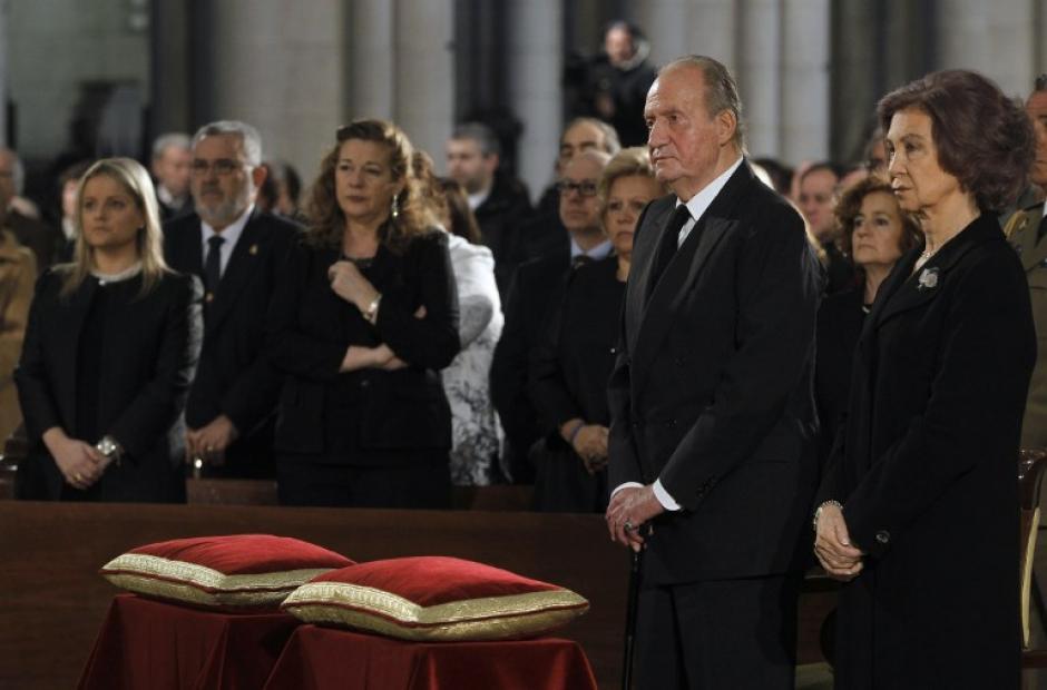 Los reyes de España presidieron los funerales en conmemoración de las víctimas del 11M. (Foto: AFP)