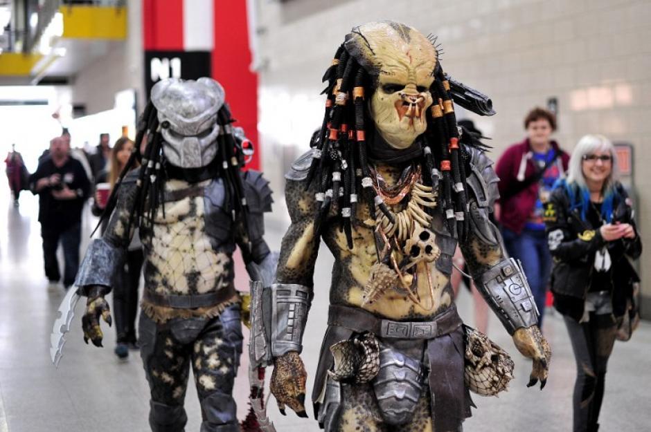El disfraz de Predator estuvo presente en la convención. (Foto: AFP)