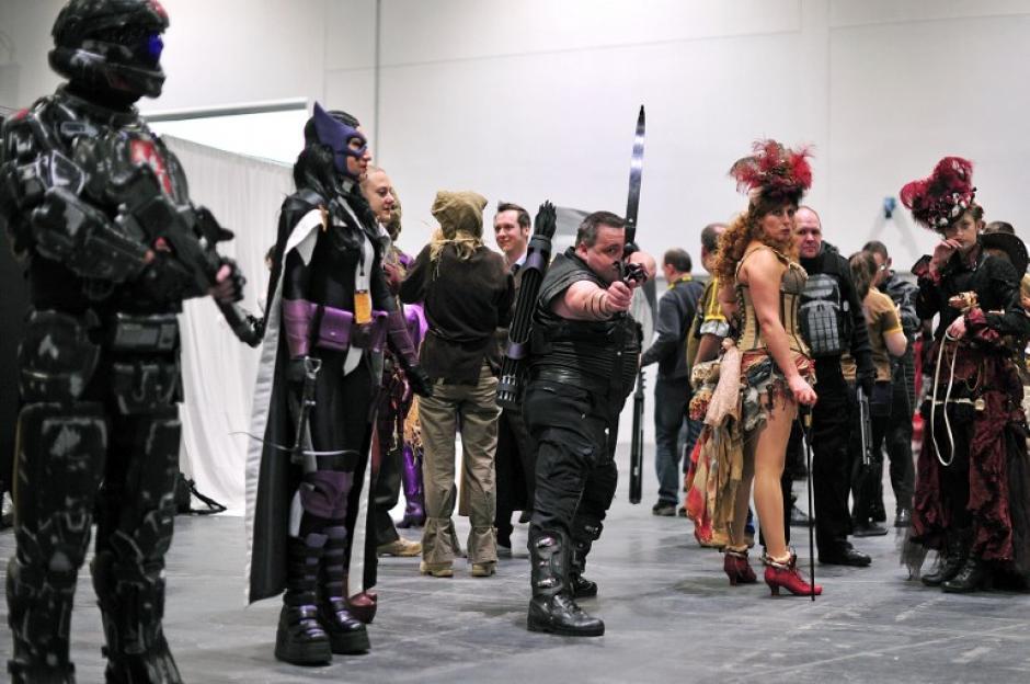 La convención estuvo llena de disfraces con personajes de distintos cómics. (Foto: AFP)