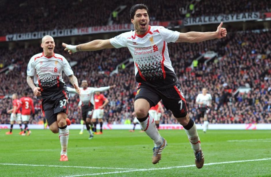 Manchester United cae en casa frente al Liverpool
