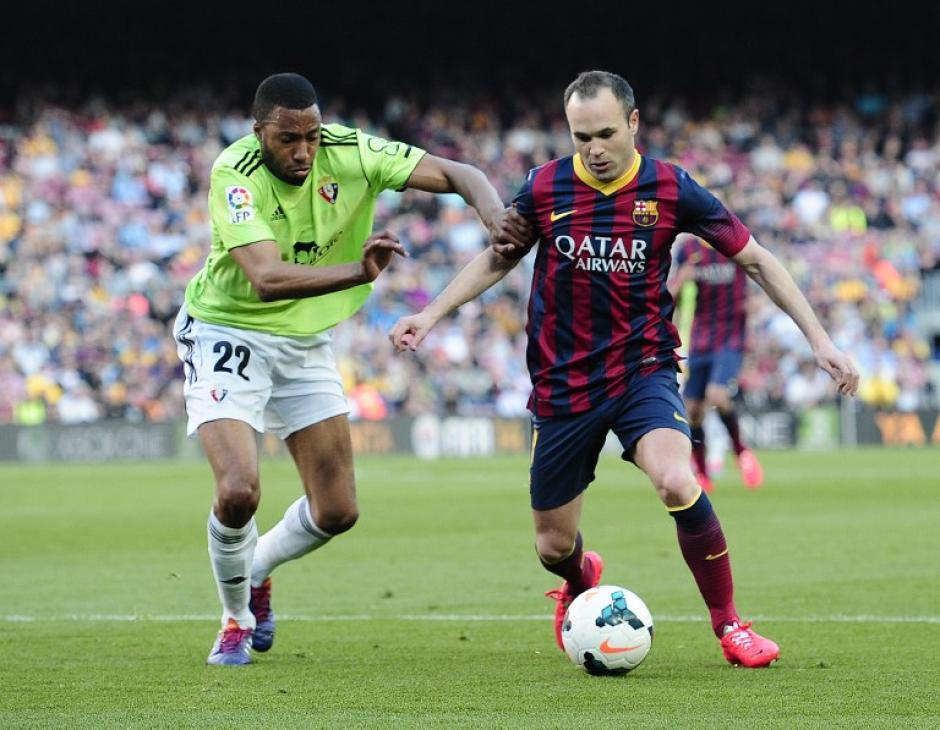 Iniesta, Barcelona, golea al osasuna