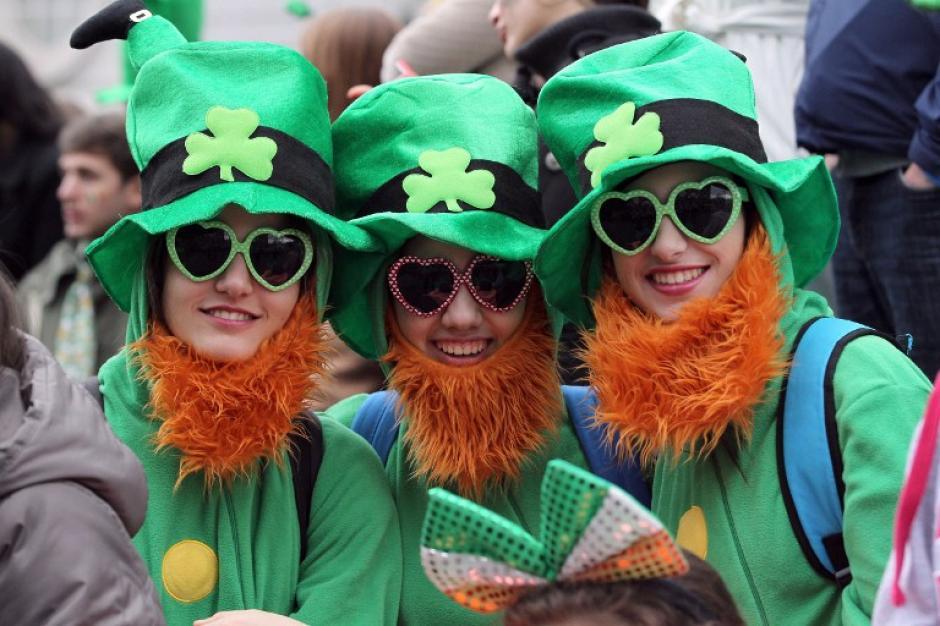 En Irlanda de donde es originario San Patricio, el 17 de marzo, es un día de fiesta nacional y de beber mucha cerveza. (Foto: AFP)