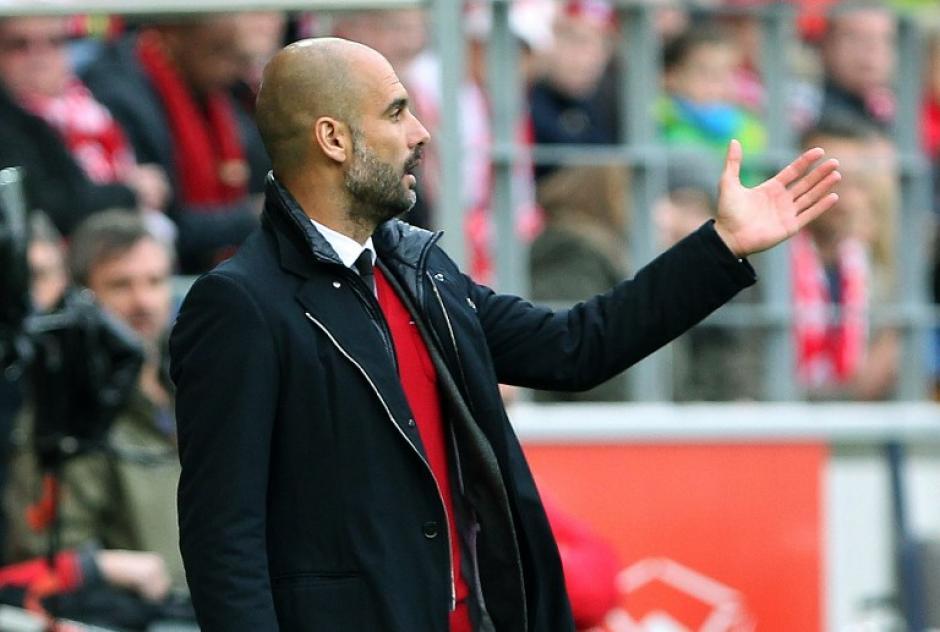 Pep Guardiola y su equipo mantienen una ventaja de 23 puntos sobre el Borussia Dortmund. (Foto: AFP)
