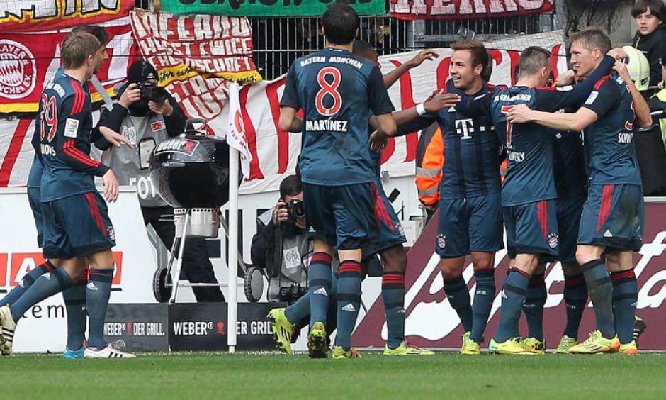Los dirigidos por Guardiola pueden firmar una temporada perfecta. (Foto: AFP)