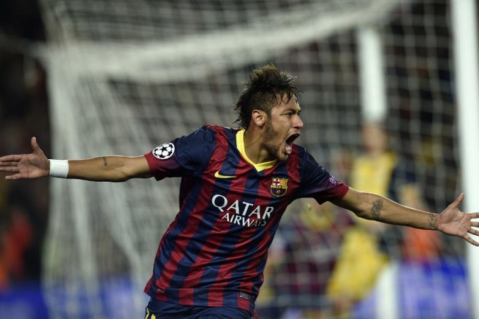 Neymar definio al minuto 71 tras un gran pase de Iniesta y puso el 1-1 con el que el Barcelona consiguió el empate. (Foto: AFP)
