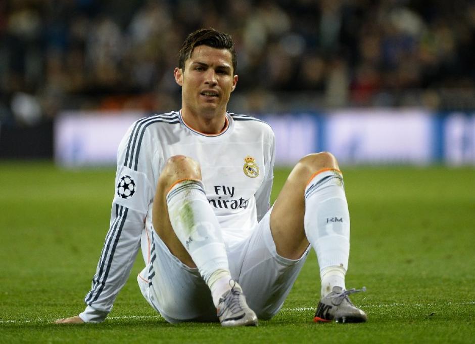 Cristiano Ronaldo se lesionó al minuto 80 y fue sustituido por Casemiro. (Foto: AFP)