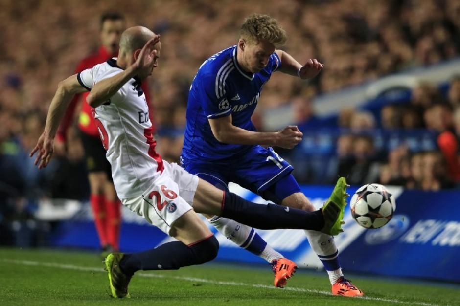 Fuerza y buen futbol se vio en el duelo Chelsea - PSG en la vuelta de cuartos de final de la Champions League 2014. (Foto: AFP)