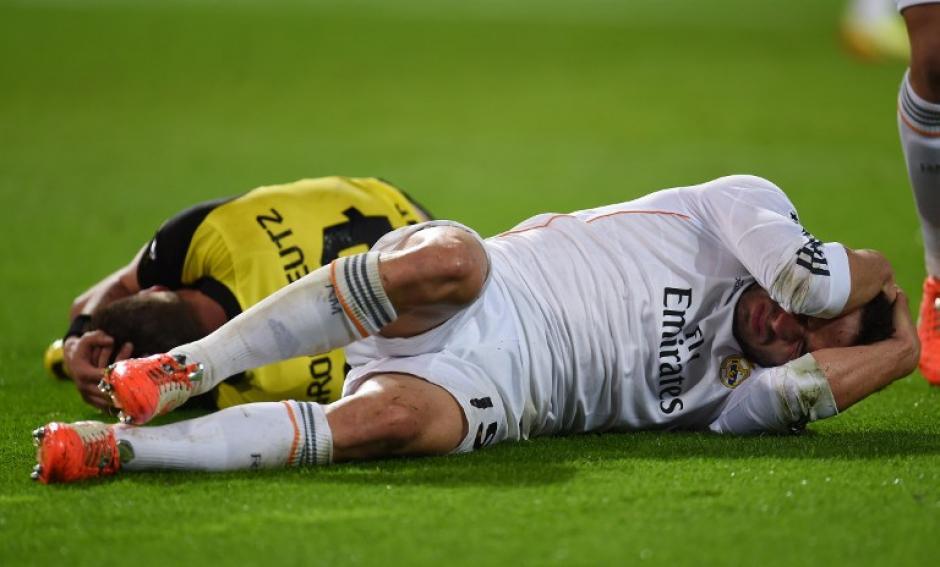 Carvajal y Grosskreutz protagonizaron un fuerte choque durante el segundo tiempo. (Foto: AFP)