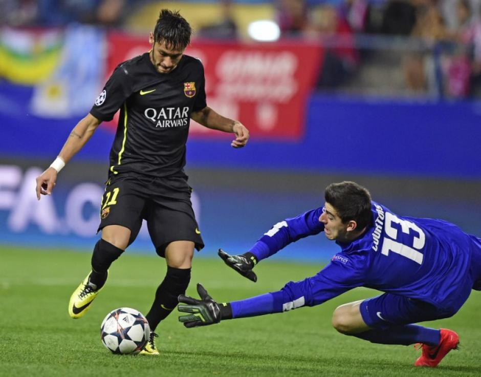 Neymar se perdió una oportunidad clara ante Courtois. (Foto: AFP)