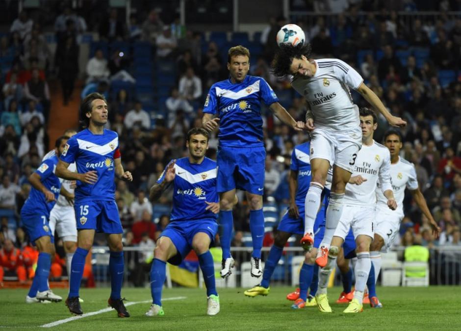 El juego ante el UD Almería se celebró en el Santiago Bernabéu