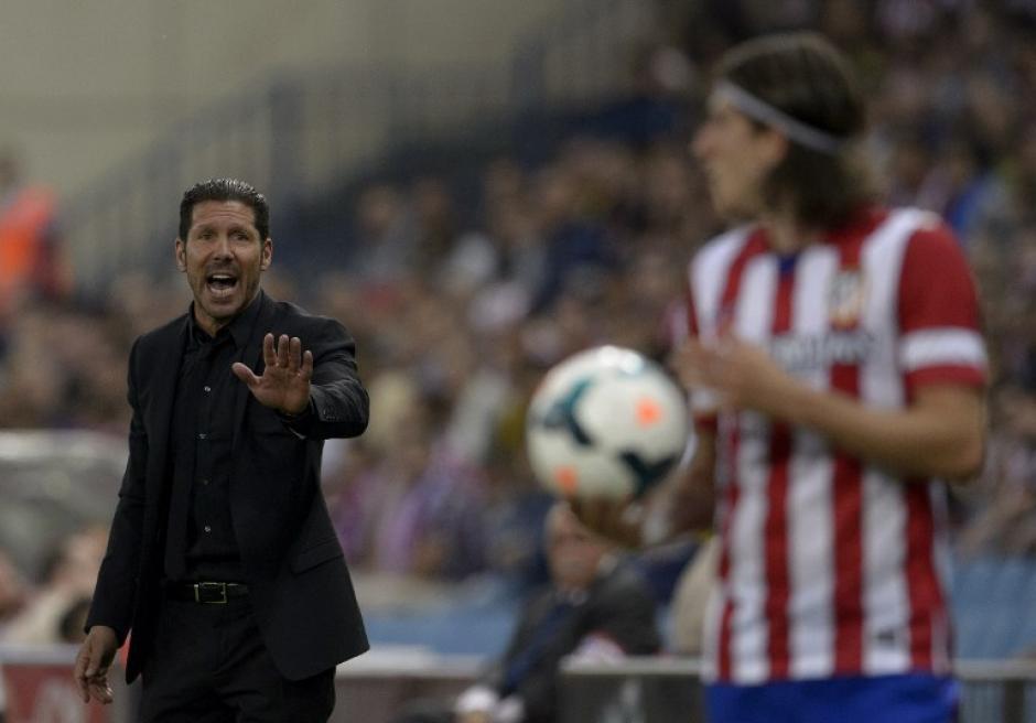 Diego Simeone sigue ampliando su leyenda en el Atlético de Madrid, ahora como entrenador. (Foto: AFP)