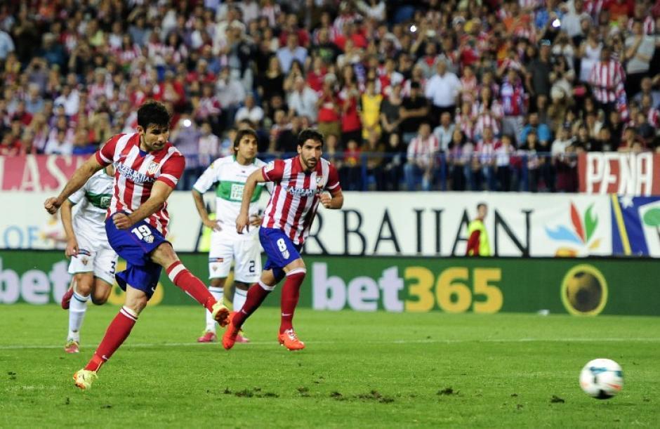 El delantero Diego Costa marcó de penalti el 2-0 para el Atlético de Madrid. (Foto: AFP)