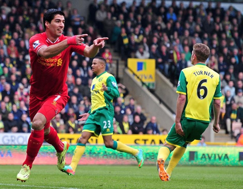 Luis Suárez, delantero del Liverpool, es el actual máximo goleador de la Premier League de Inglaterra