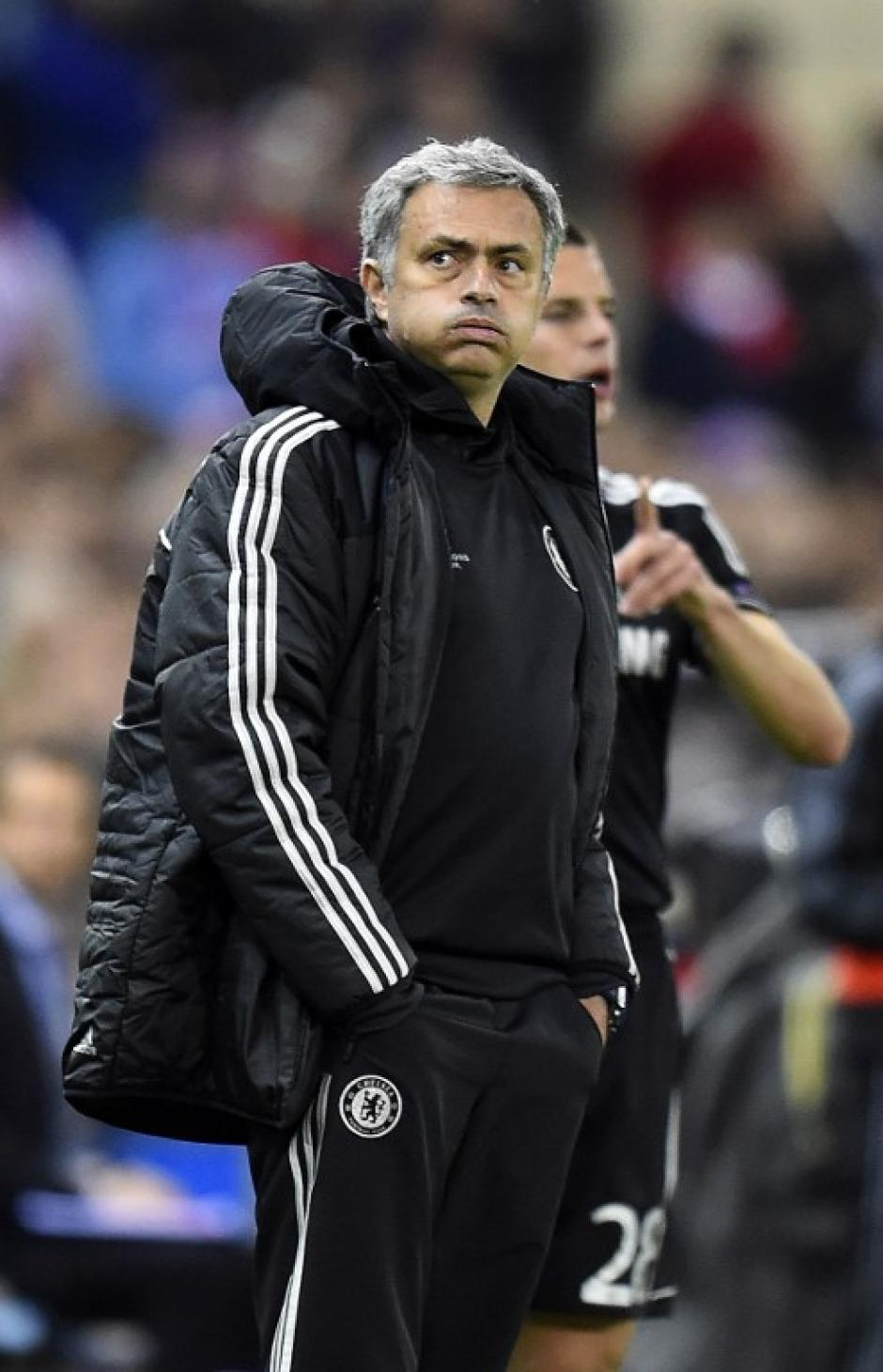 Mourinho no pudo anotar en campo rival, algo que podría pesar mucho al final de la serie. (Foto: AFP)
