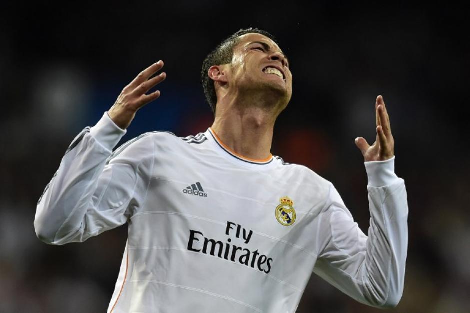 Cristiano Ronaldo regresó y fue titular, pero en el segundo tiempo cedió su puesto en el campo a Gareth Bale. (Foto: AFP)