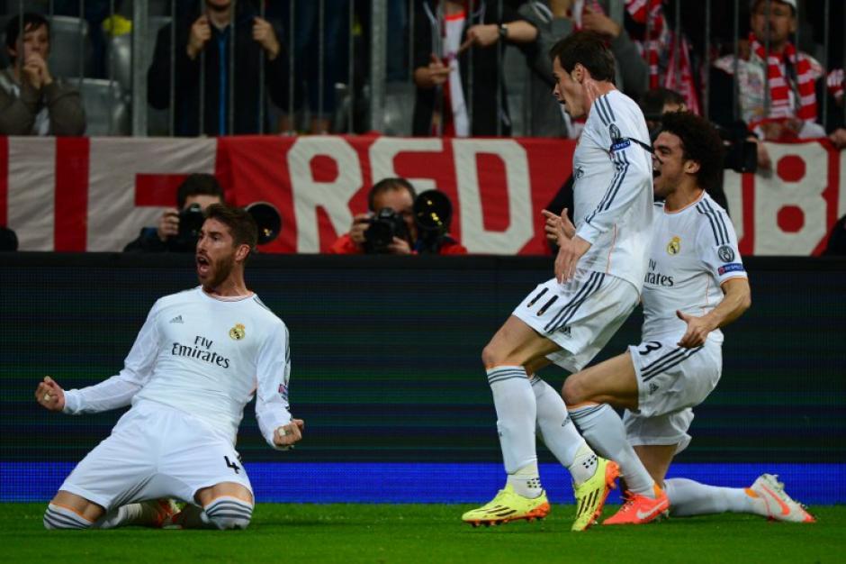 Sergio Ramos anotó un doblete de cabeza para poner el 2-0 a favor del Real Madrid en el primer tiempo. (Foto: AFP)