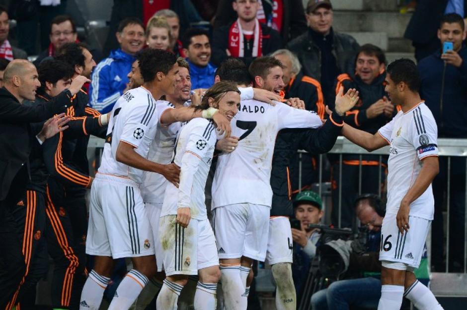 Un doblete de Sergio Ramos y uno más de Cristiano Ronaldo, además del gol anotado por Benzema en el juego de ida, le dieron al Madrid la clasificación a la final de la Champions, tras derrotar por 5-0 en el marcador global al Bayern Munich. (Foto: AFP)