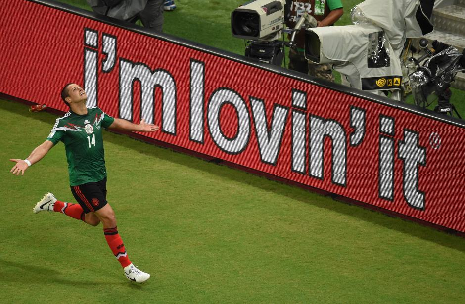 Javier 'El Chicharito' Hernández anotó el tercero para México. (Foto: AFP)
