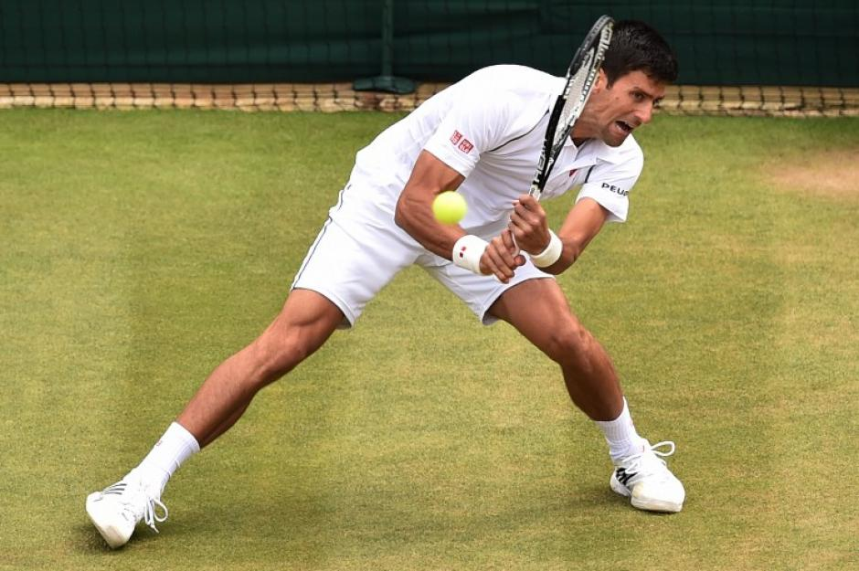 Novak Djokovic avanzó a cuartos de final en Wimbledon y en esa instancia enfrentará a Cilic.